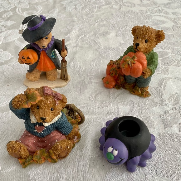 Vintage Halloween ceramic figurines